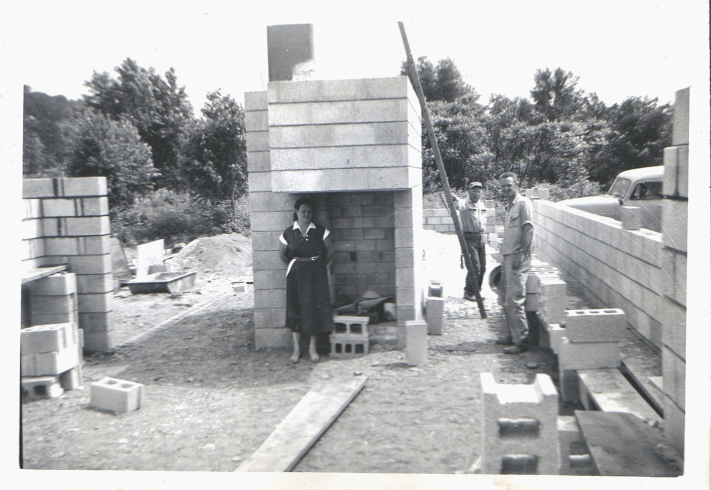 Mrs. Penfield with workers during construction. (courtesy of Paul Penfield)