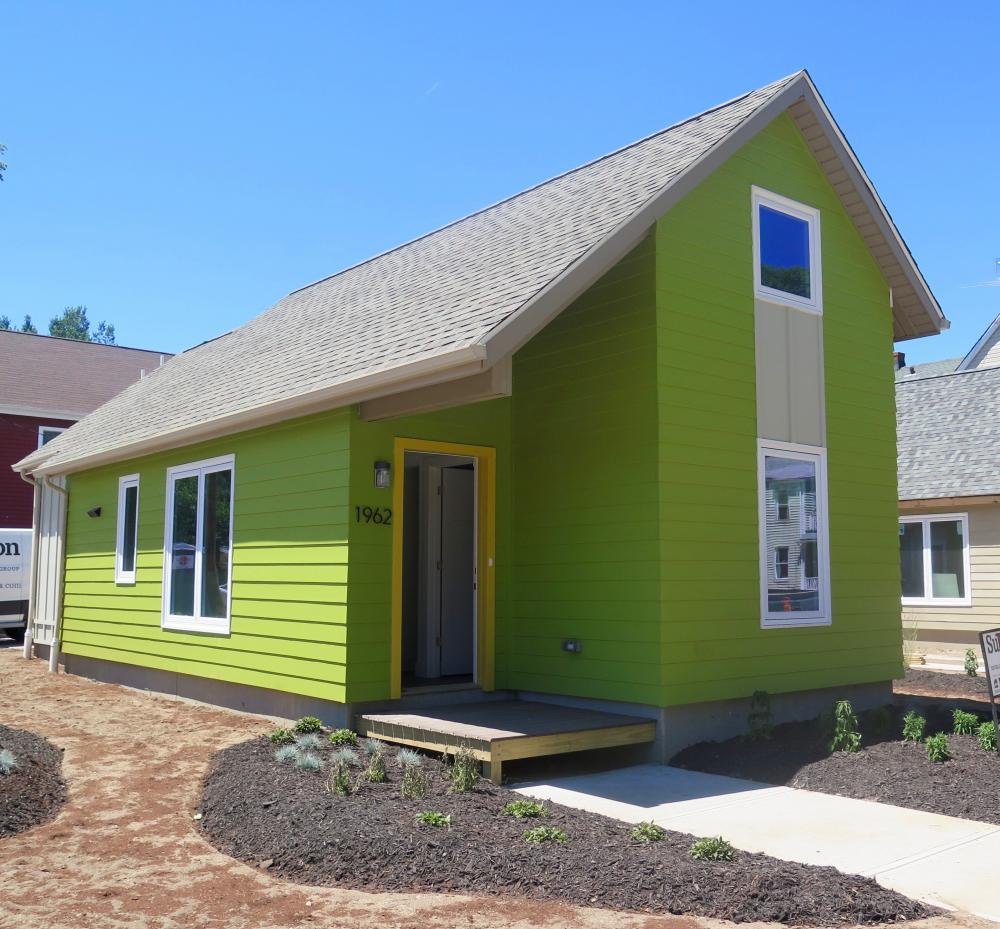 Tiny house construction finished ideastream for Small house construction