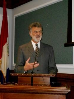 Cleveland Mayor Frank Jackson, presenting the latest lakefront development plan (pic by Brian Bull)