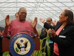 Urban farmer Avon Standard and Congresswoman Marcia Fudge at today's event (pic by Brian Bull).