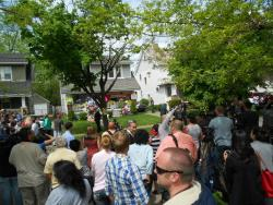 Swarms of reporters converge outside the Berry house (pic by Brian Bull)
