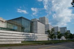 Cleveland Museum of Art East Wing (view from East Blvd.) (photo by David Brichford)