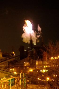 Flame plume over ArcelorMittal's steel plant in Cleveland (pic by Brian Bull)