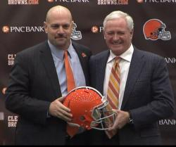 Mike Pettine, left, and Browns owner Jimmy Haslam. (Photo: Screengrab from announcement press conference live stream.)