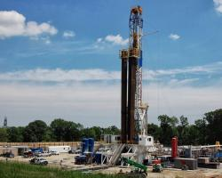 Utica Shale drilling rig platform (from Ted Auch PhD, FracTracker, June 2013)
