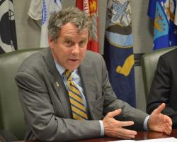 Sen. Sherrod Brown answers questions about his bill. (Nick Castele / ideastream)