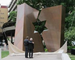 Gov. John Kasich and architect Daniel Libeskind admire the memorial after unveiling it. (Karen Kasler/Ohio Public Radio)