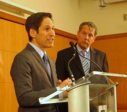 CDC Director Dr. Tom Frieden and U.S. Senator Sherrod Brown at Cleveland Clinic (pic: Brian Bull)