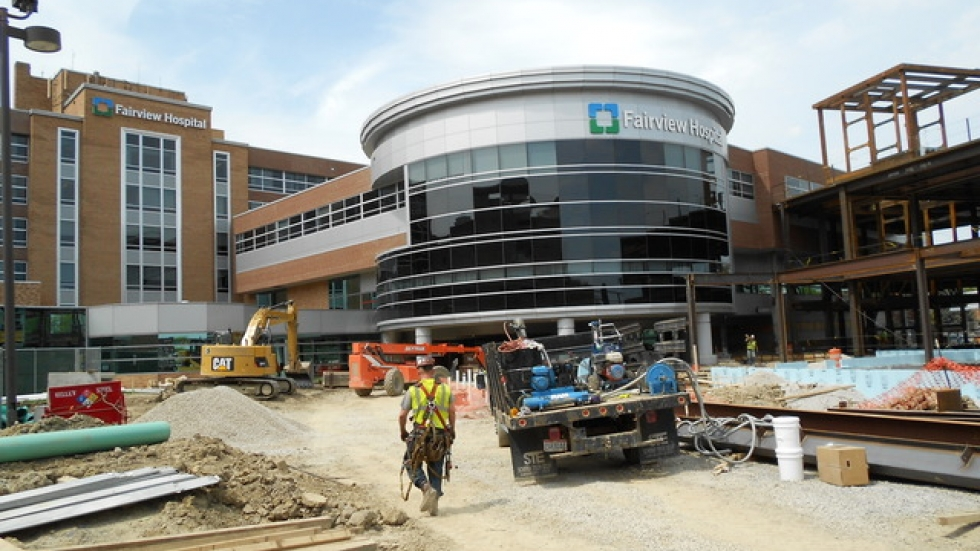 Construction workers expand Cleveland Clinic's Fairview campus (photo by Brian Bull).