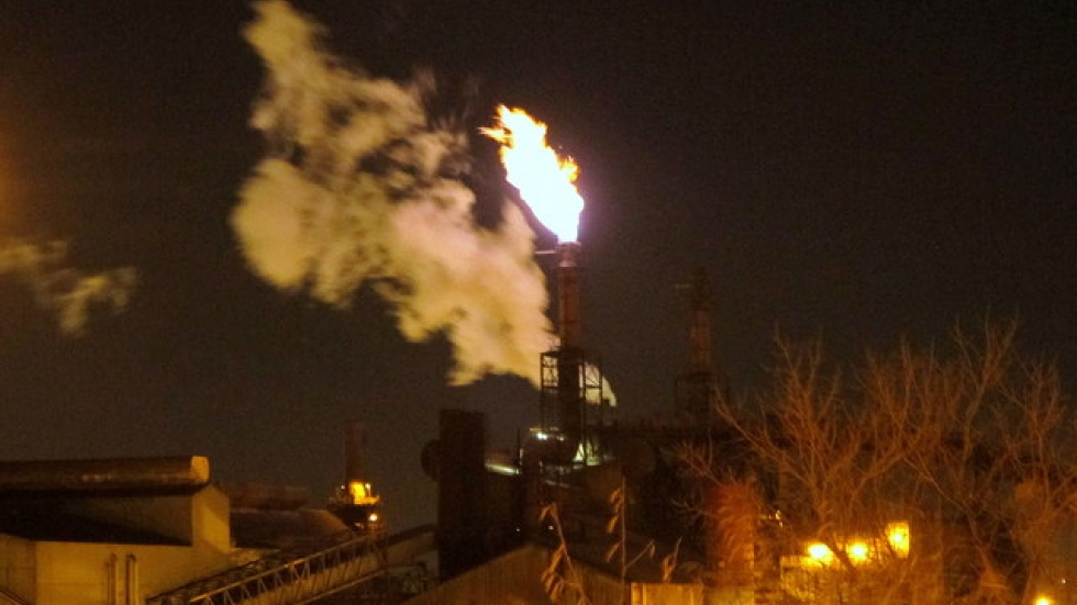ArcelorMittal steel plant in Cleveland at night (pic: Brian Bull)