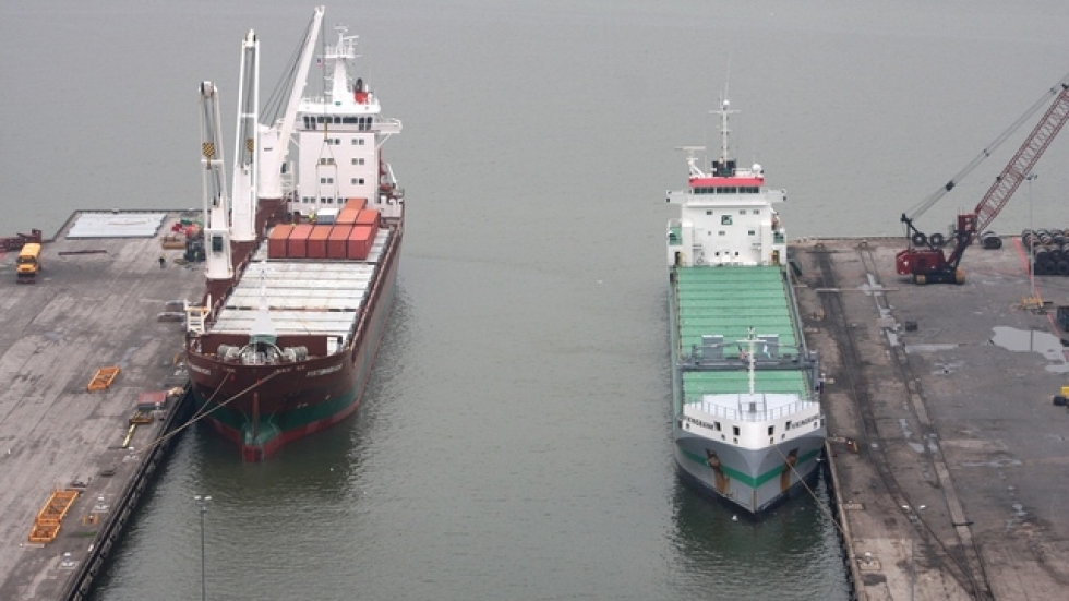 The Fortunagracht (left) docked at the Port of Cleveland last April (pic: Brian Bull)