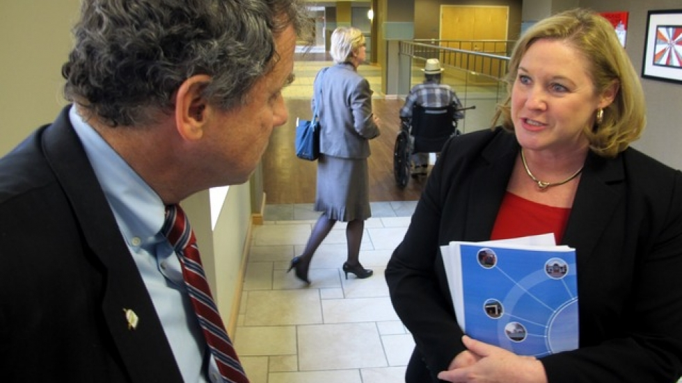 Brown talks to Susan Fuehrer, Dir of the Medical Center (pic: Brian Bull)