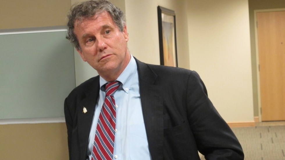 Sherrod Brown, at the Cleveland VA (pic: Brian Bull)