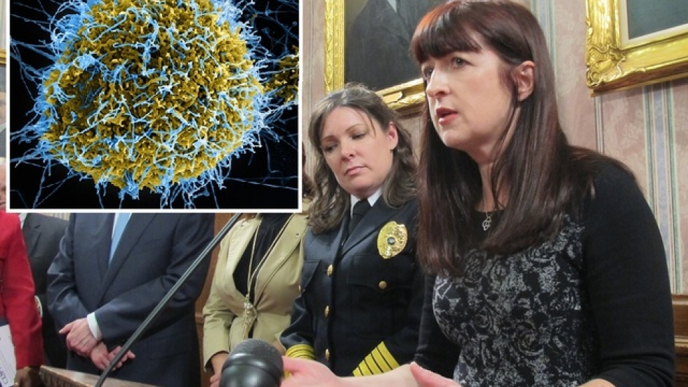 Jennifer Hanrahan discusses latest Ebola protocols (pic: Brian Bull/Flickr.com's NIAID)