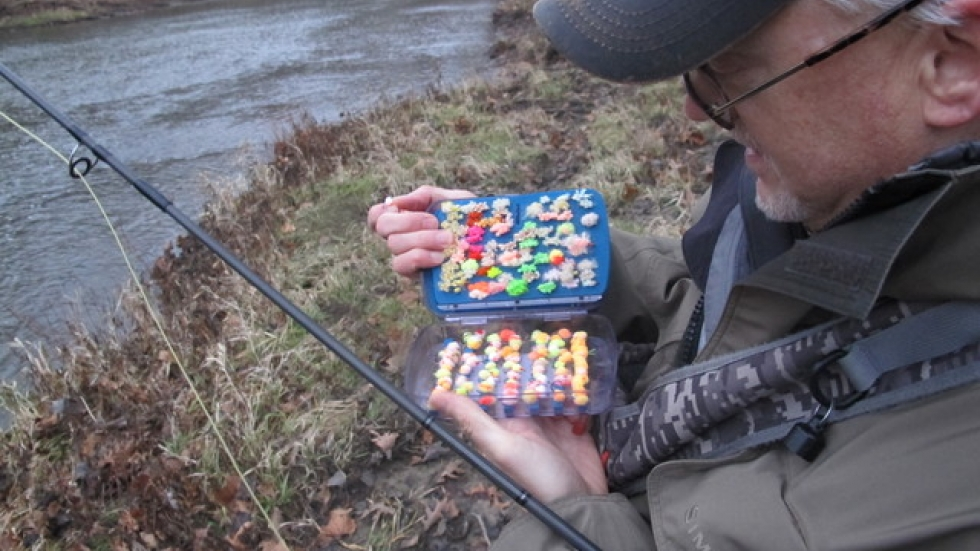 Chris Thompson reviews his lures (pic: Brian Bull)