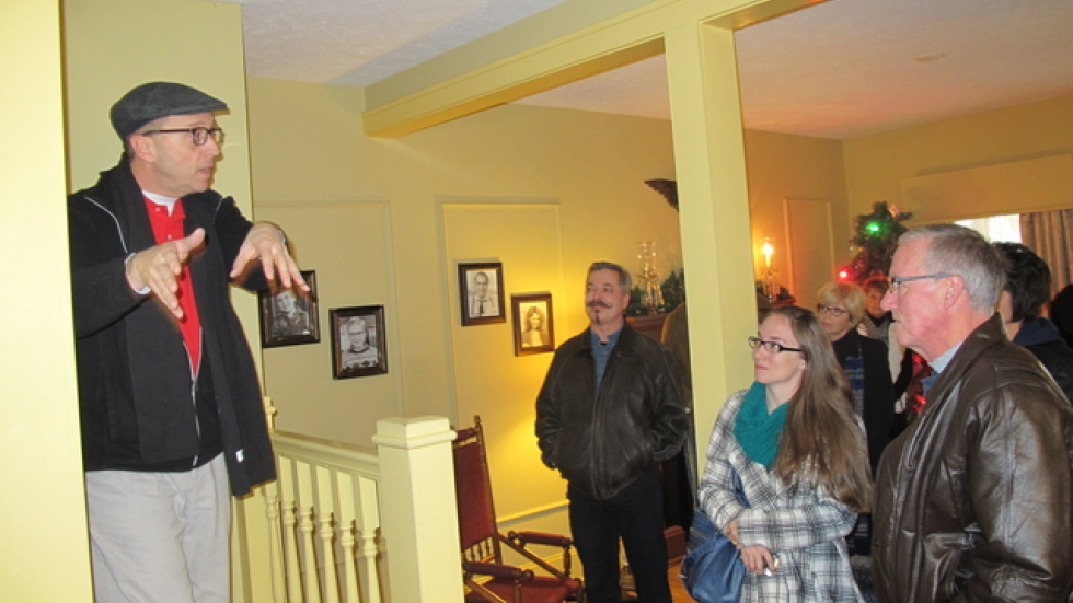 Jeff Woodard gives a guided tour (pic: Brian Bull)