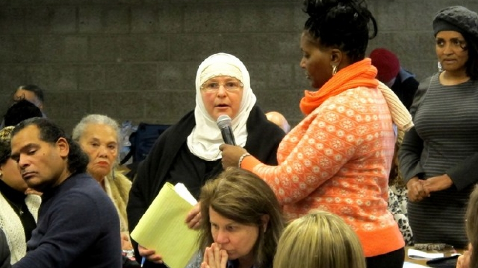 Julia Shearson of CAIR speaks at today's event (pic: Brian Bull)
