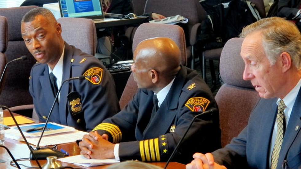 CPD personnel discuss their body cam initiative to city council members (pic: Brian Bull)