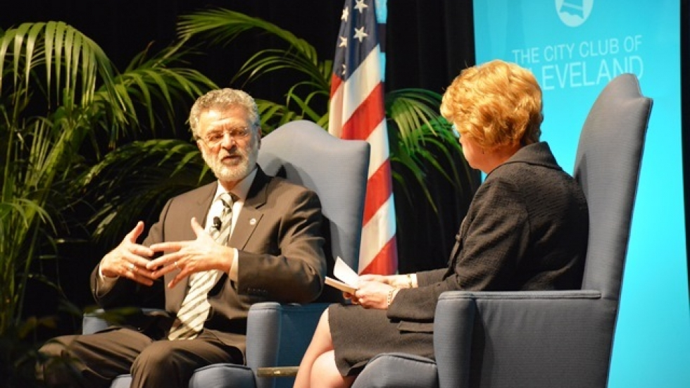 Cleveland Mayor Frank Jackson discusses city issues with KeyCorp CEO Beth Mooney. (Nick Castele / ideastream)