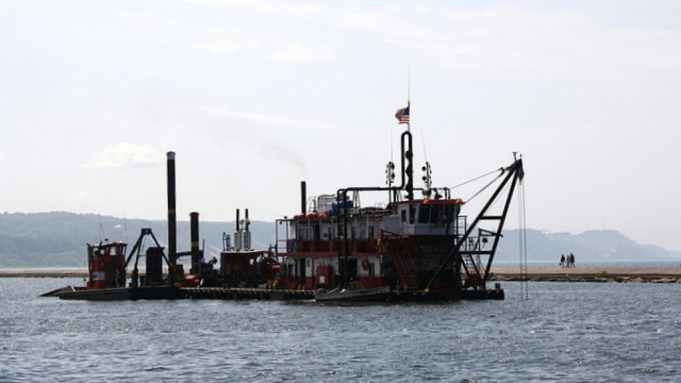 Dredging vessel photo by Flickr.com's Karen Rice.