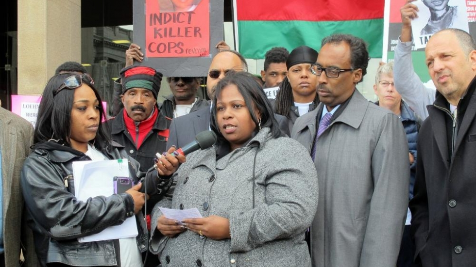 Samaria Rice talks to protesters calling for a special prosecutor (pic: Brian Bull)