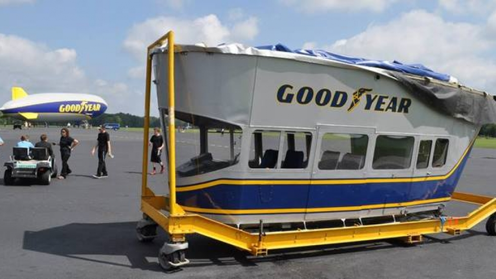 "The gondola on the tarmac outside Wingoot Lake hangar in Suffield last summer. ""Wingfoot One"" in the distance. (Urycki)"