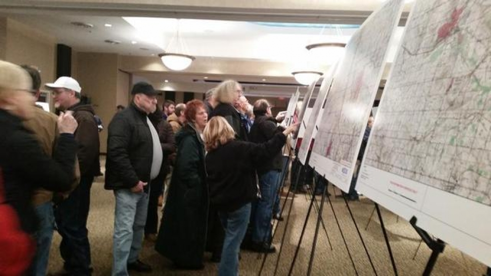 Residents view maps of proposed pipeline route