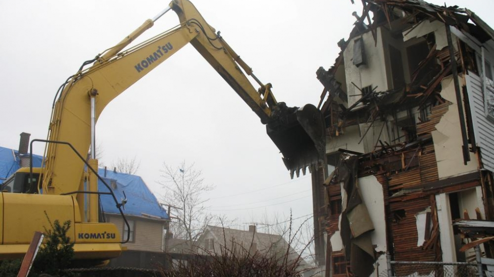 Home demolition in Cleveland (photo: Brian Bull/ideastream)