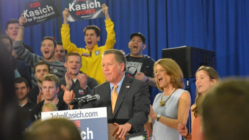 Ohio Gov. John Kasich speaks to supporters in Berea.
