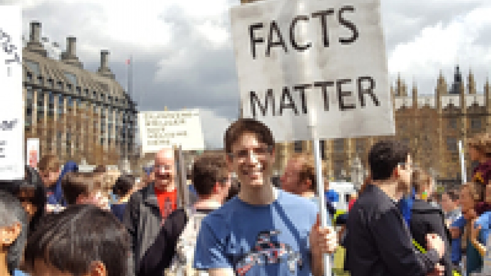 The March for Science in London  ended at Parliament Square where thousands of marchers heard talks from scientists and journalists.