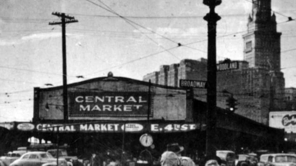 In the 1920s, Central Market vendors, overflowing onto sidewalks and streets