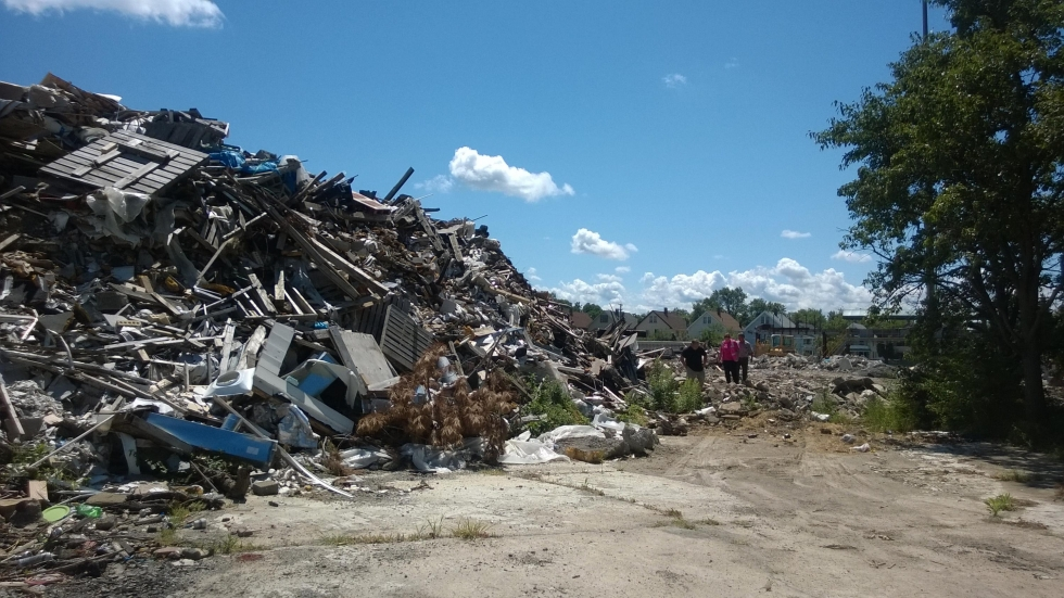 A lawsuit by residents living near the former Arco Recycling site say the company operated like a landfill, allowing about 230,000 cubic yards of garbage to pile up near their homes. [Cuyahoga County Board of Health]