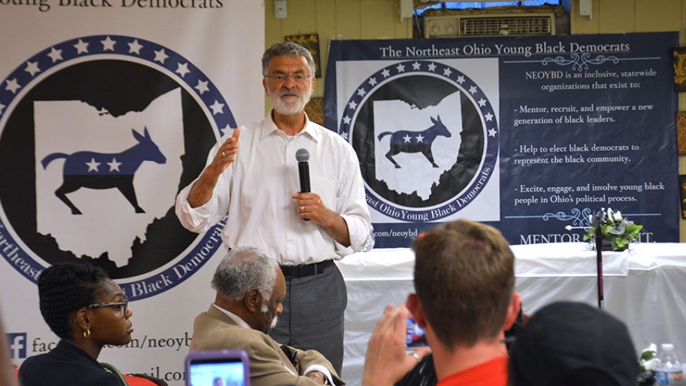 Cleveland Mayor Frank Jackson answers questions at a forum on the east side.