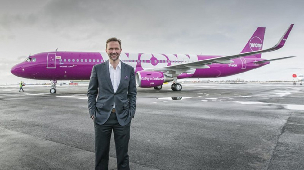 photo of Wow Air CEO and plane