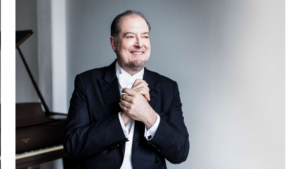 Ohlsson, photo by Dario Acosta, courtesy of the Cleveland Orchestra
