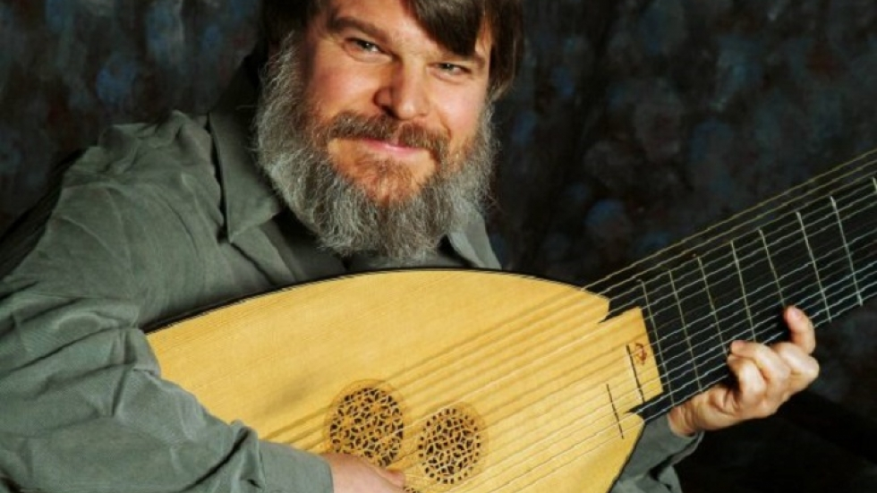 Lutenist Paul O'Dette (photo by Jennifer Girard)