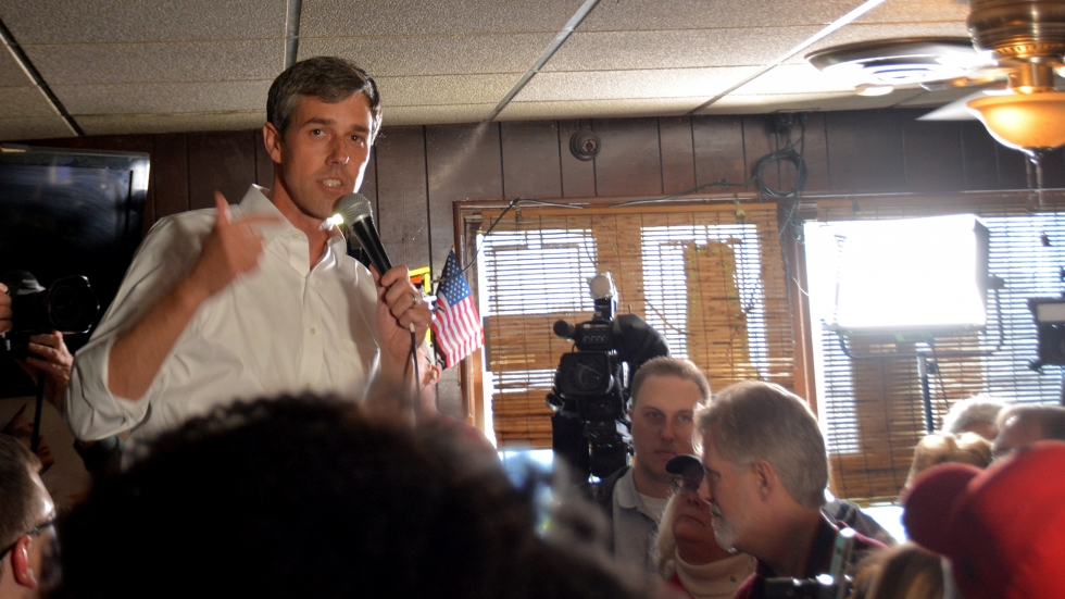 Former Texas Rep. Beto O'Rourke spoke to a crowd in Cleveland's Brooklyn Centre neighborhood.