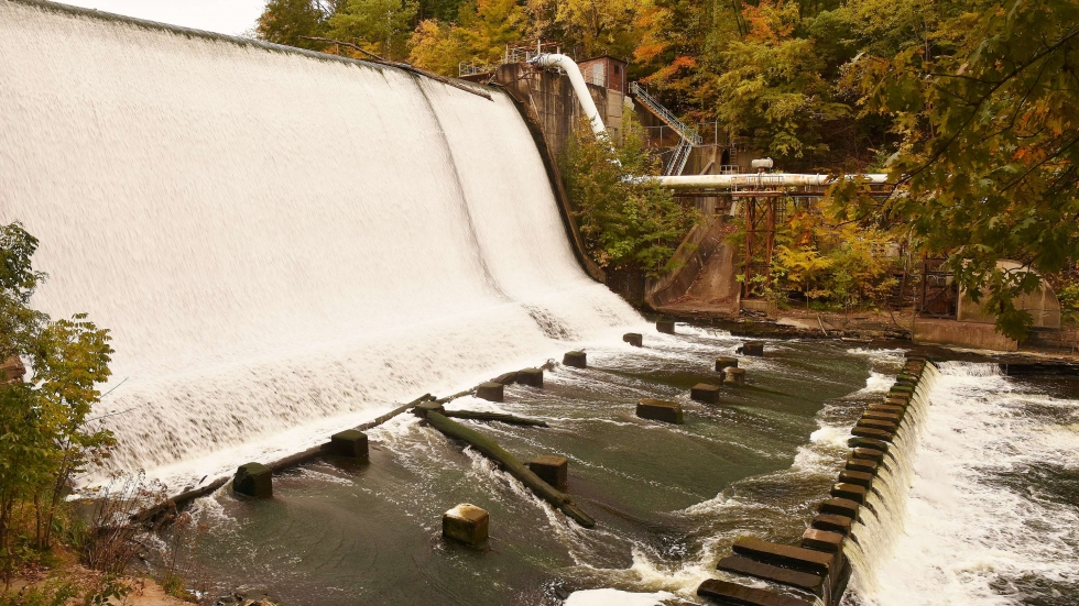 """The Gorge Dam or """"Ohio Edison Dam"""" on the Cuyahoga between Akron and Cuyahoga Falls"""