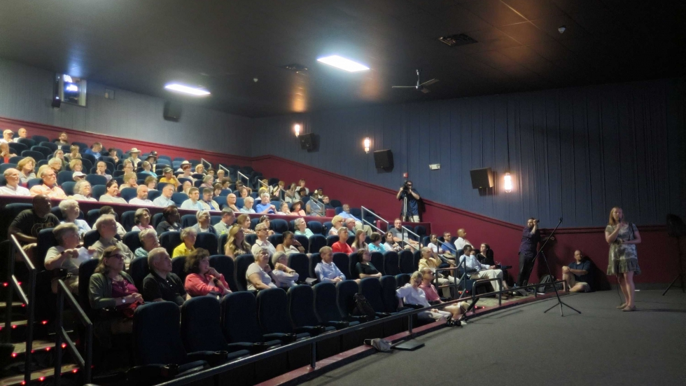 Shakerites filled a theater in Atlas Cinemas to see a presentation on the new Shaker Square design.