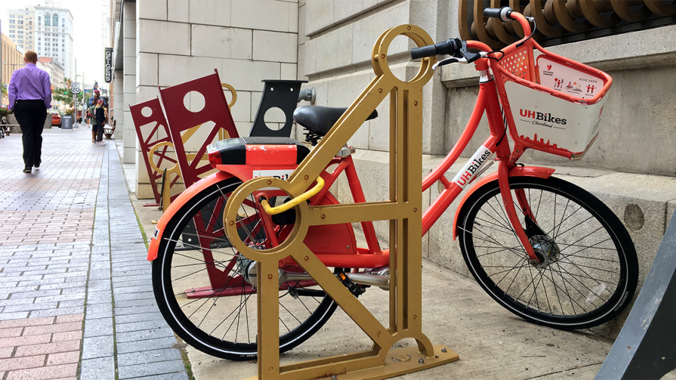 A non-functioning UH Bike in a rack near Heinen's in downtown Cleveland. It did not appear on the app as available to ride.