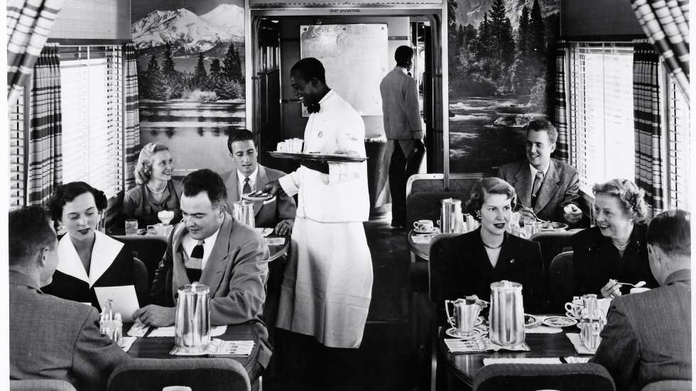 picture of 1950s dining car [Association of American Railroads/James Porterfield]