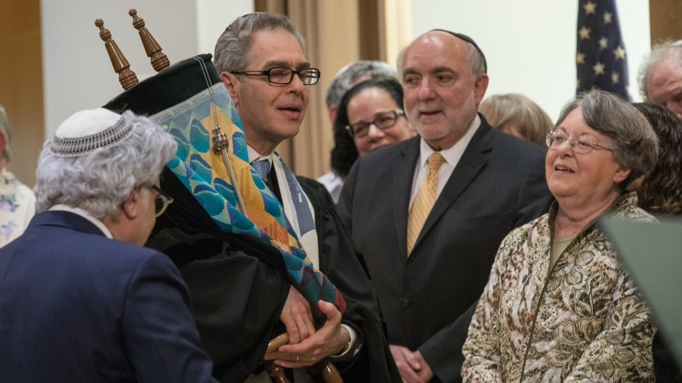 Rabbi Jonathan Cohen at a service during his Installation weekend in May 2019.