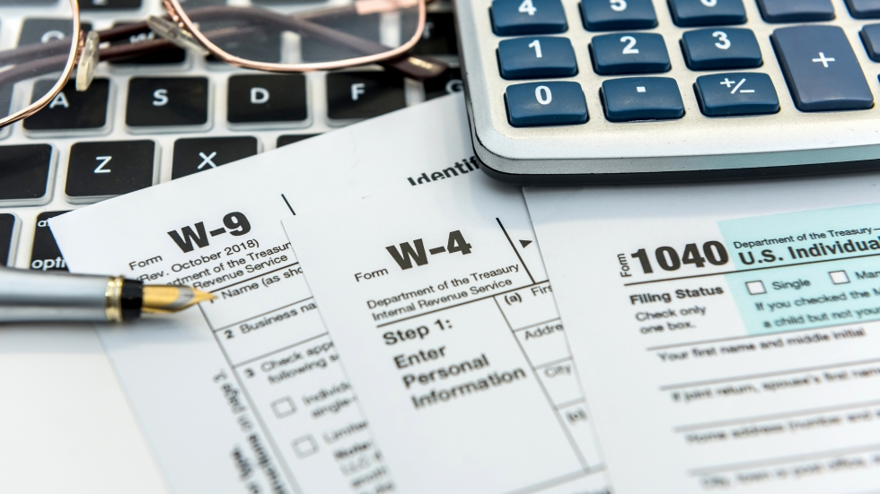 The federal deadline to file your taxes has been extended to May 17. [RomanR/Shutterstock]