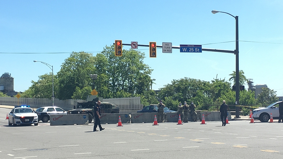 Police and National Guard monitor a checkpoint in Ohio City on June 1, 2020. [Nick Castele / ideastream]