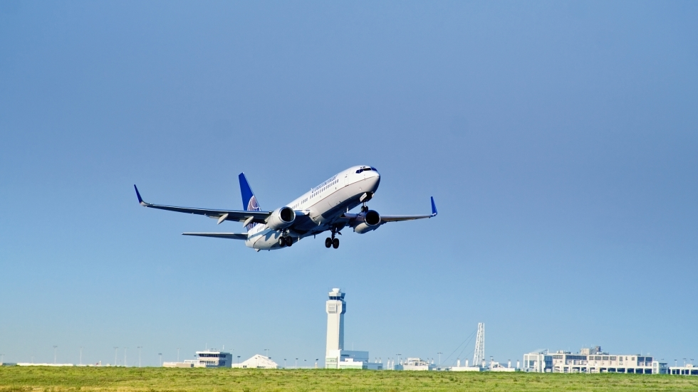 An airplane taking off from Cleveland Hopkins International Airport