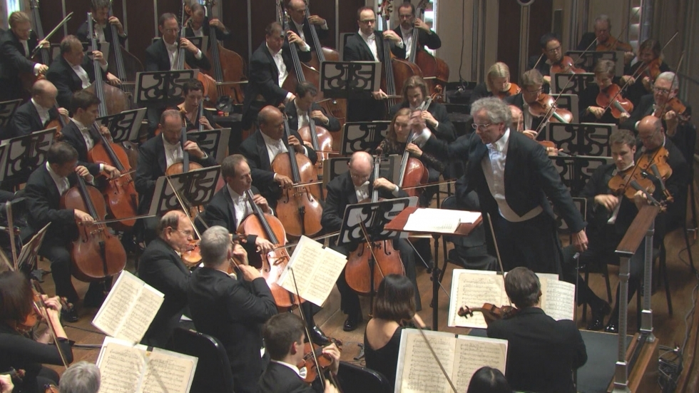 Franz Welser Most conducts the Cleveland Orchestra on the Severance stage