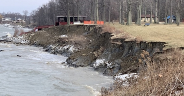 land continues to collapse into Lake Erie at Geneva's Township Park