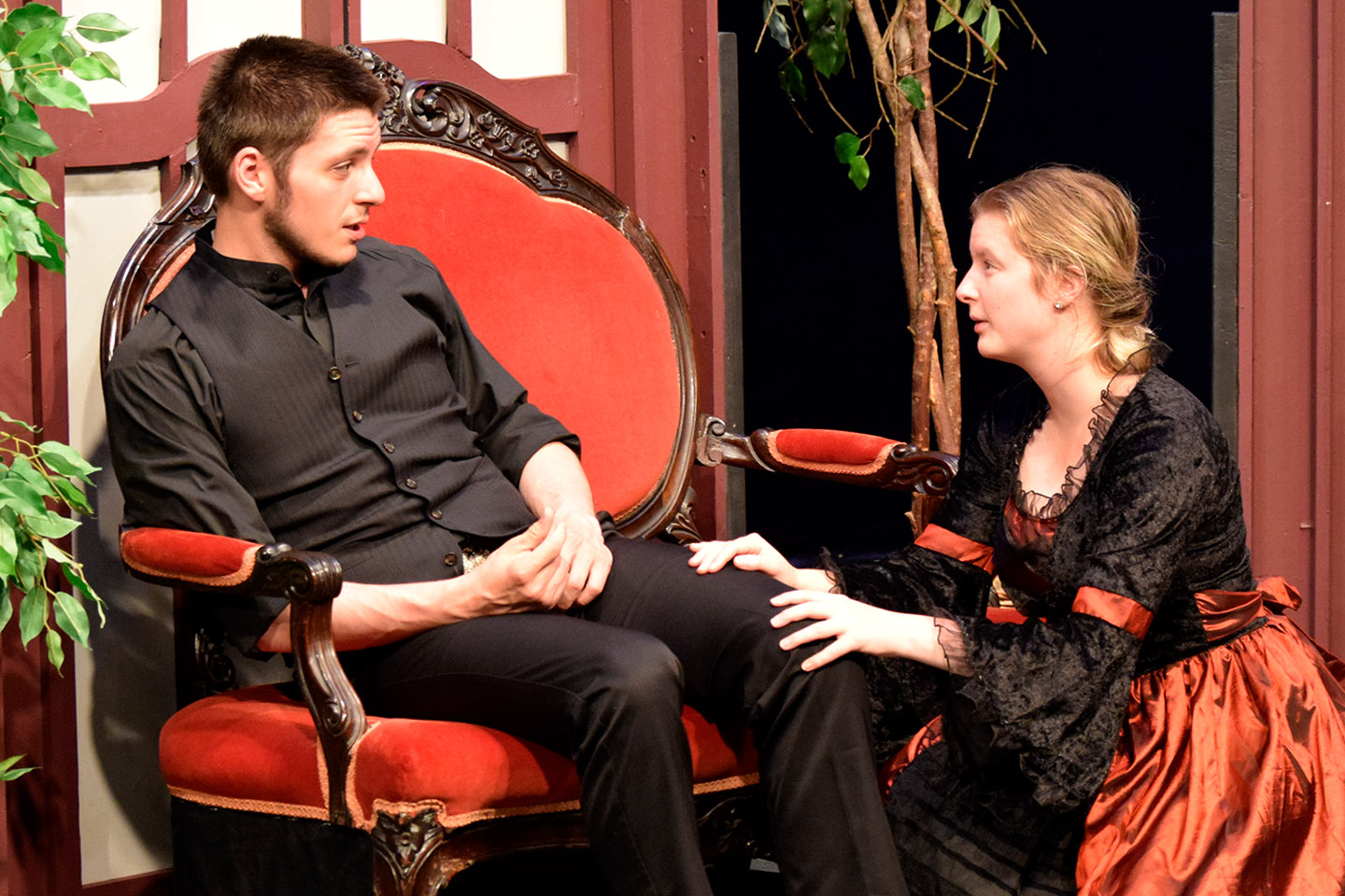 Chagrin Valley Little Theatre's 'The Turn of the Screw' Takes Virtual Twist