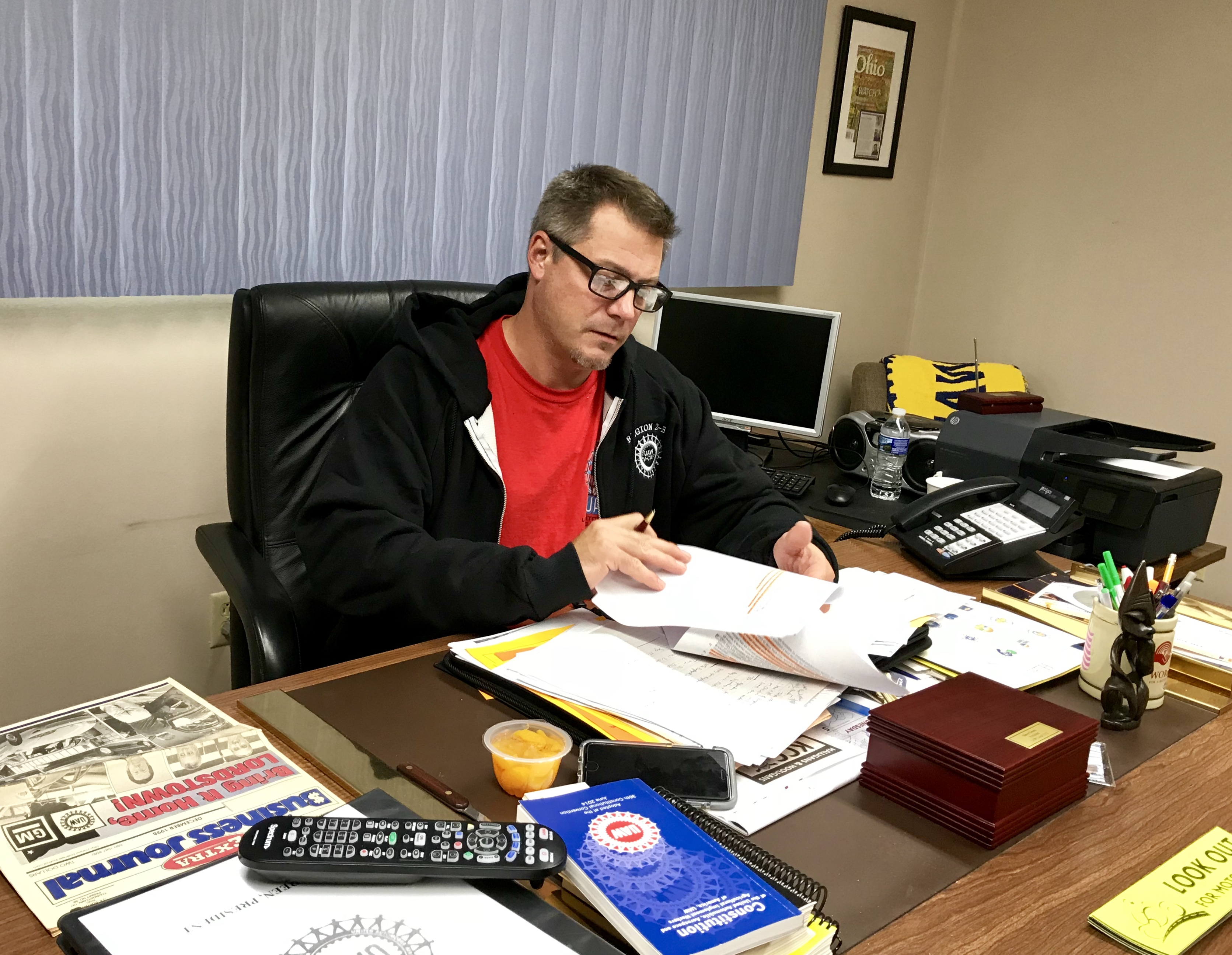 UAW Local 1112 President David Green at his desk