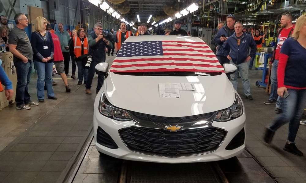 The last Chevy Cruze rolled off the Lordstown plant at 2:30 p.m. Wednesday.